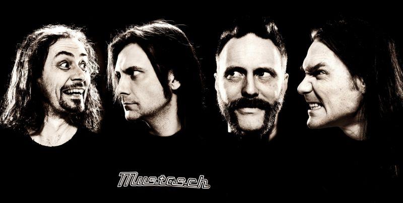 Mustasch en España