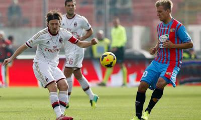 Xem lại đầy đủ trận Livorno vs AC Milan