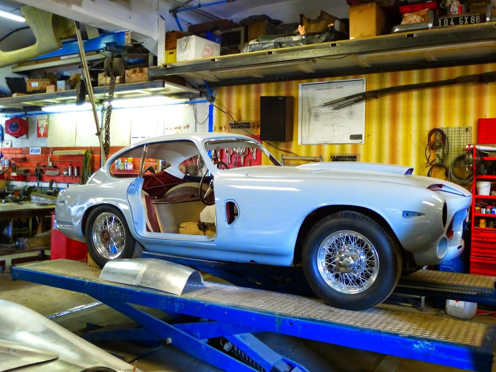 french restoration garage spot a car. Black Bedroom Furniture Sets. Home Design Ideas