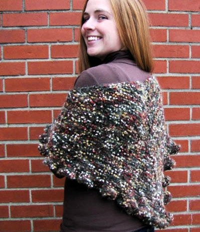 Free Knitting Pattern For Ruffled Shawl : Ruffle Triangle Shawl Free Knitting Pattern NobleKnits Free Patterns