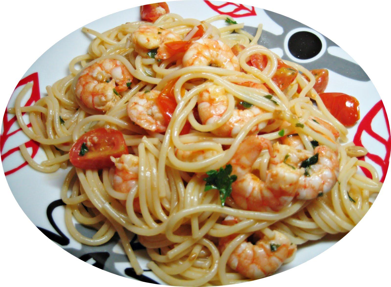 você come camarão?... ++ - Página 2 Esparguete%2Bcom%2BCamar%25C3%25A3o%2Be%2BTomate%2BCereja%2B4