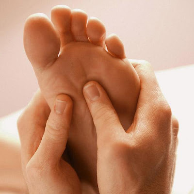 Titik pijat, titik akupunktur untuk pingsan kepanasan