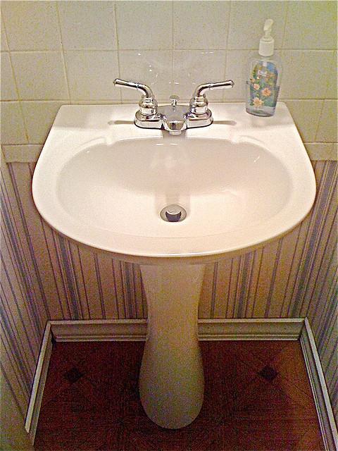 Lovely bathroom redo beautify small bathrooms
