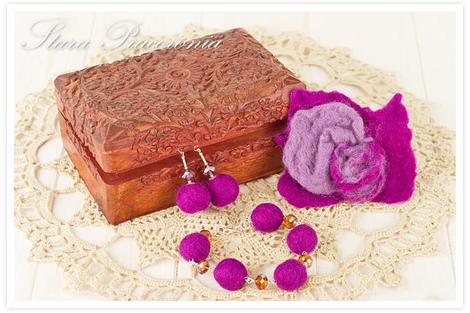filcowana biżuteria, broszka z filcu, kolczyki z filcu, bransoletka z folcu, filcowanie metodą na mokro