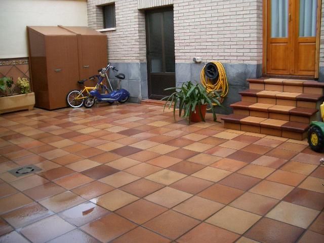 Gres r stico natural para terraza terra antiqva 976 46 - Azulejos de terraza ...