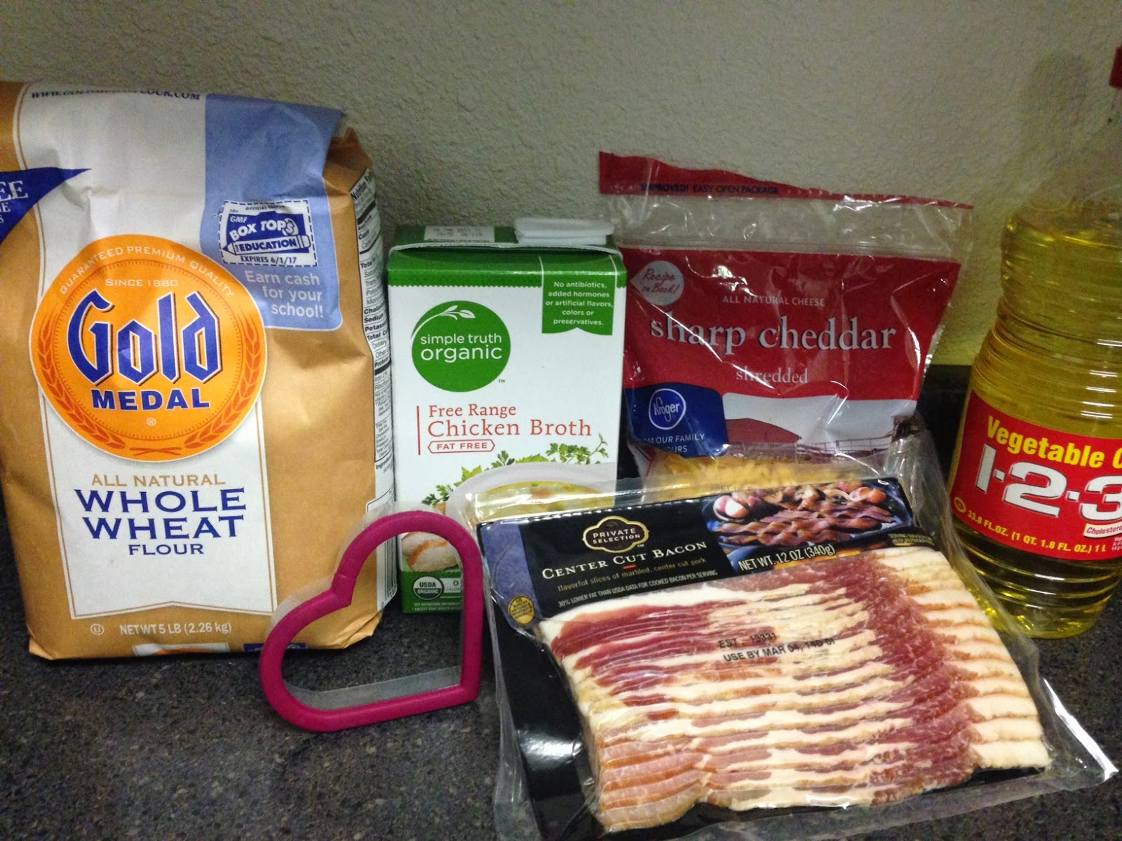 Bacon Flavored Dog Biscuit Treats : Recipe - GourmetSleuth