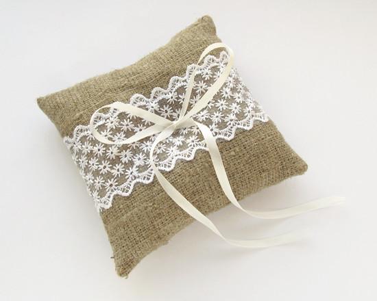 Bearer Ring Pillow, кружевная подушка
