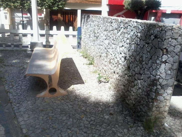 Serrinha:Jardim Infantil está entregue ao abandono total
