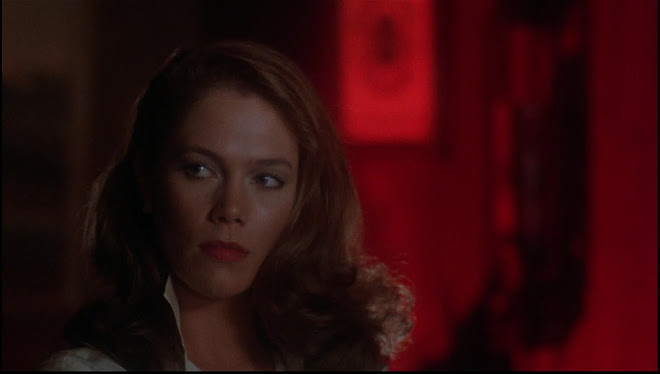 Kathleen Turner as Matty Walker in BODY HEAT
