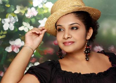Sri Lankan Singer Chathurika Geethali