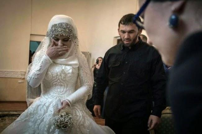 Gadis 17 Tahun Dipaksa Kahwin Dengan Lelaki 30 Tahun Lebih Tua