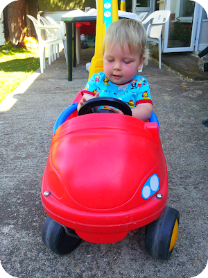 baby car, baby red car