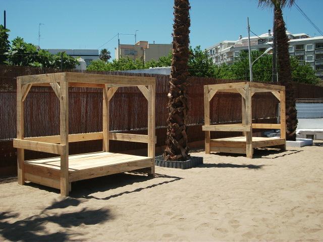 Renovarte con palets cama balinesa tatami banco balines for Camas balinesas para jardin