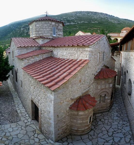 Ιερά Μονή Παναγίας Μακαριώτισσας Δομβραίνας