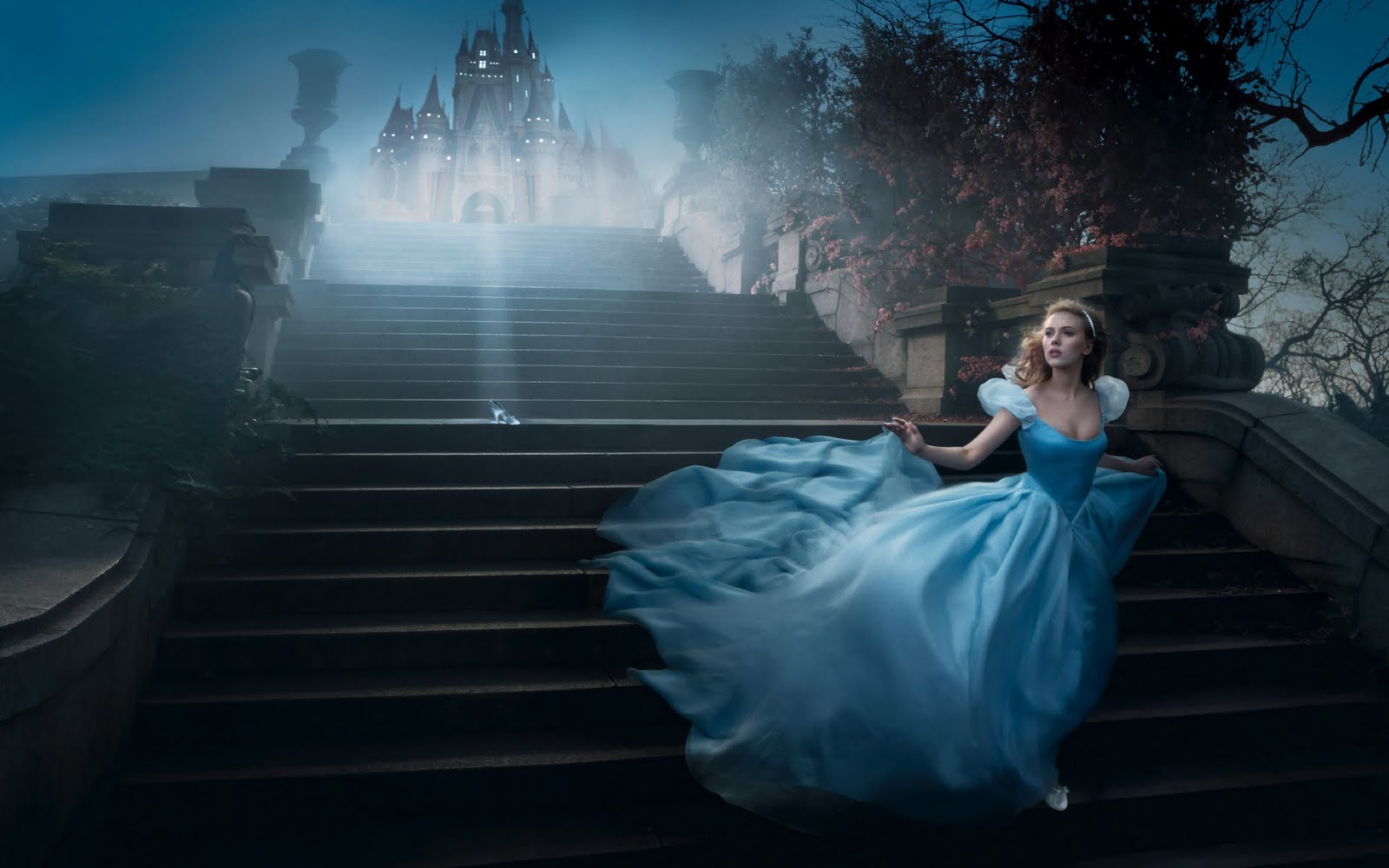 http://3.bp.blogspot.com/-iA_2NaZDlCs/Tk9s5Co5pII/AAAAAAAAAm4/hPdxgzY-95M/s1600/scarlett-as-cinderella-wallpapers_9069_1920x1200-767769.jpg
