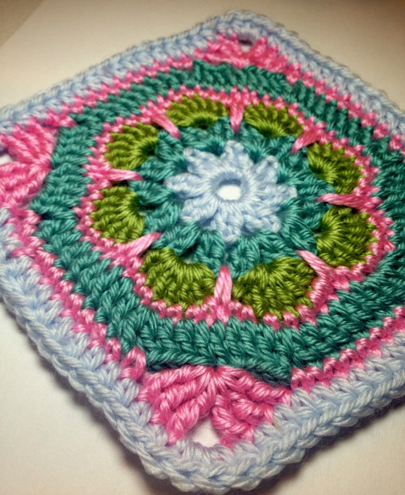 Crochet Squares : Free Crochet Patterns: Free Crochet Granny Square Motif Patterns