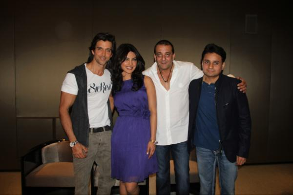 Priyanka Chopra in Dubai with Hrithik 1 - Agneepath Press Conference in Dubai