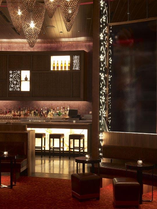 Wrought iron in interior design house interior decoration - Bar and restaurant interior design ideas ...
