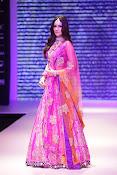 Kriti Sanon latest glamorous raml walk-thumbnail-13