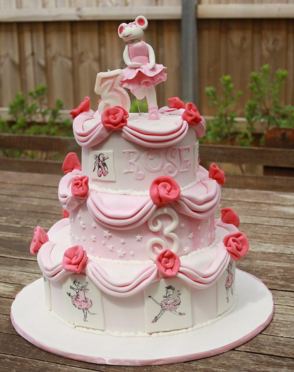 Beccas Musings My Little Girls Birthday Cakes