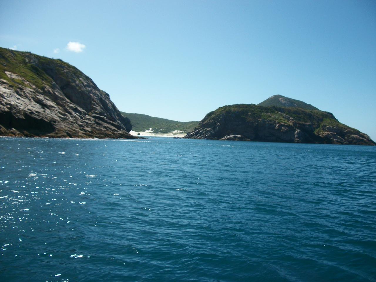 O mar a poesia em forma de água .