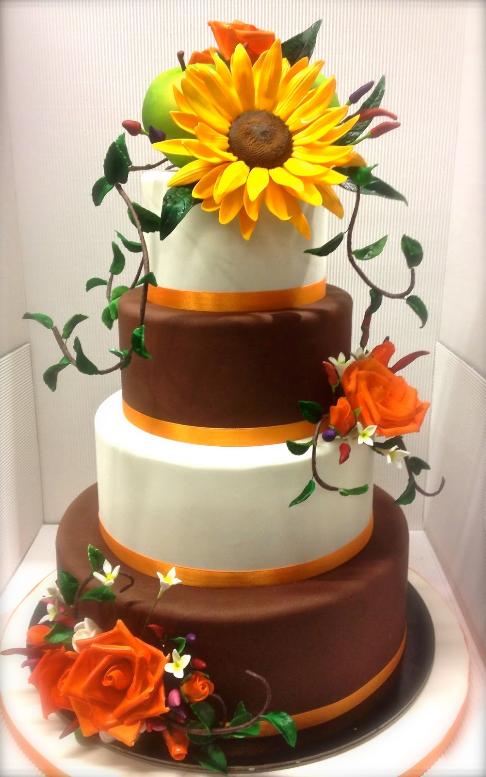 Torta Matrimonio Girasoli : Cake designer torta nuziale girasole