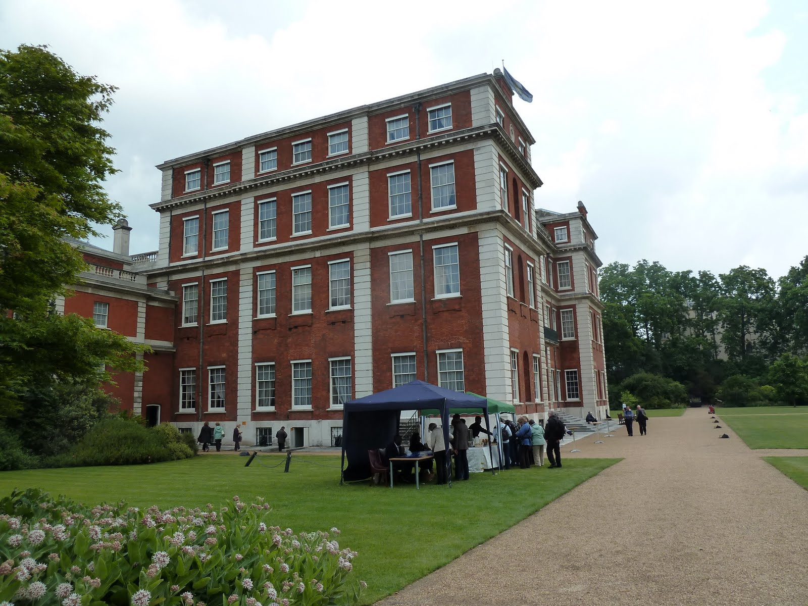Travels With Victoria: Marlborough House – Number One London