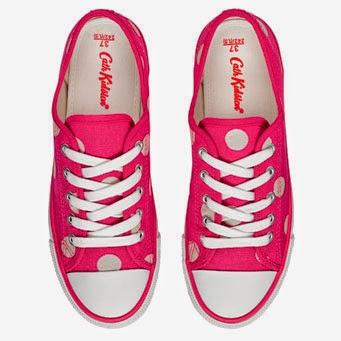 Prickig Sneaker i cerise från Cath Kidston