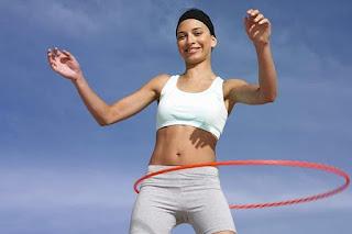 Cách lắc vòng giảm béo bụng dưới có hại không?