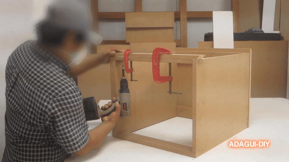 de mdf en este vídeo aprenderás a fabricar una mesa de noche o