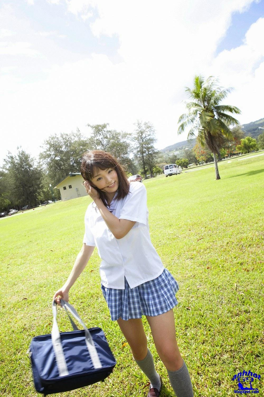 ai-shinozaki-00907390