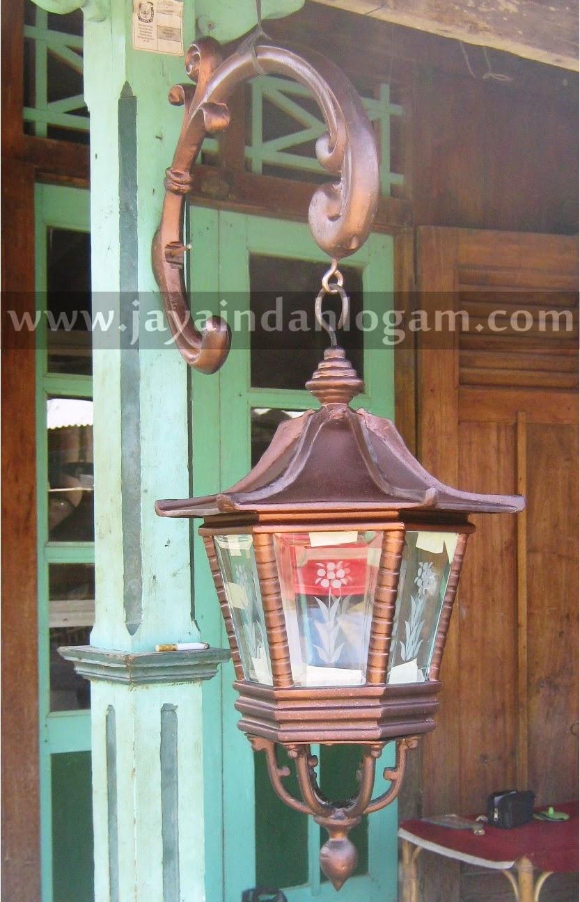 pusat kerajina tembaga dan kuningan lampu taman jaya indah logam