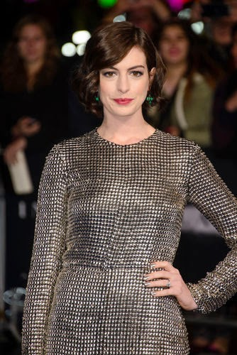 Anna Hathaway appears in knight look