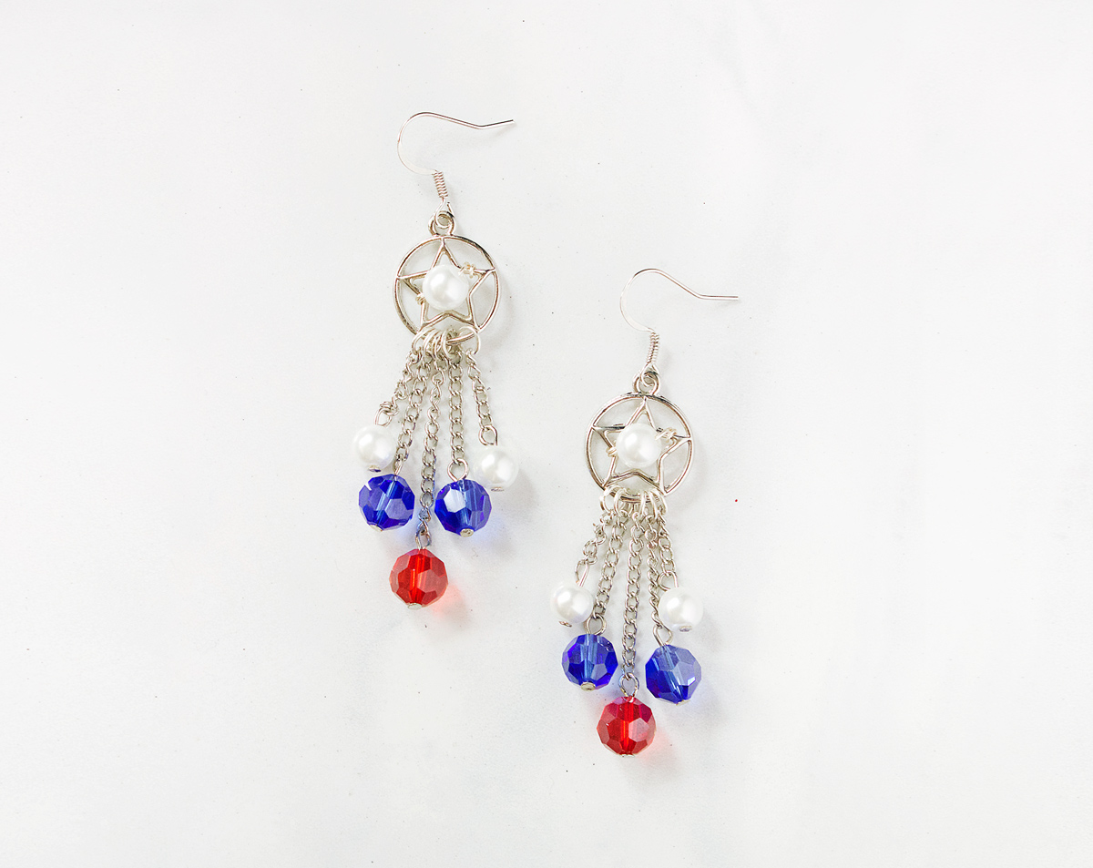 fourth of july beaded earrings tutorial by Allison Beth Cooling