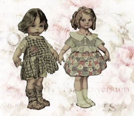 Dresses for dolls.Clicca quì