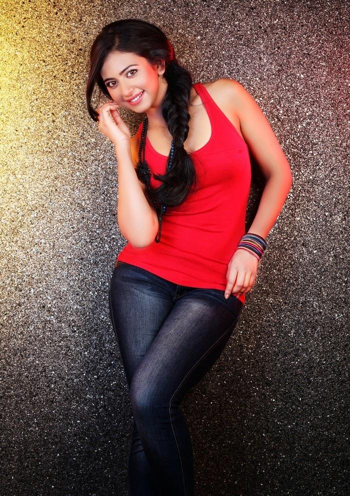 Rakul Preet Singh :Rakul Preet Singh Hottest Unseen Photoshoot Pics [HD Photos]