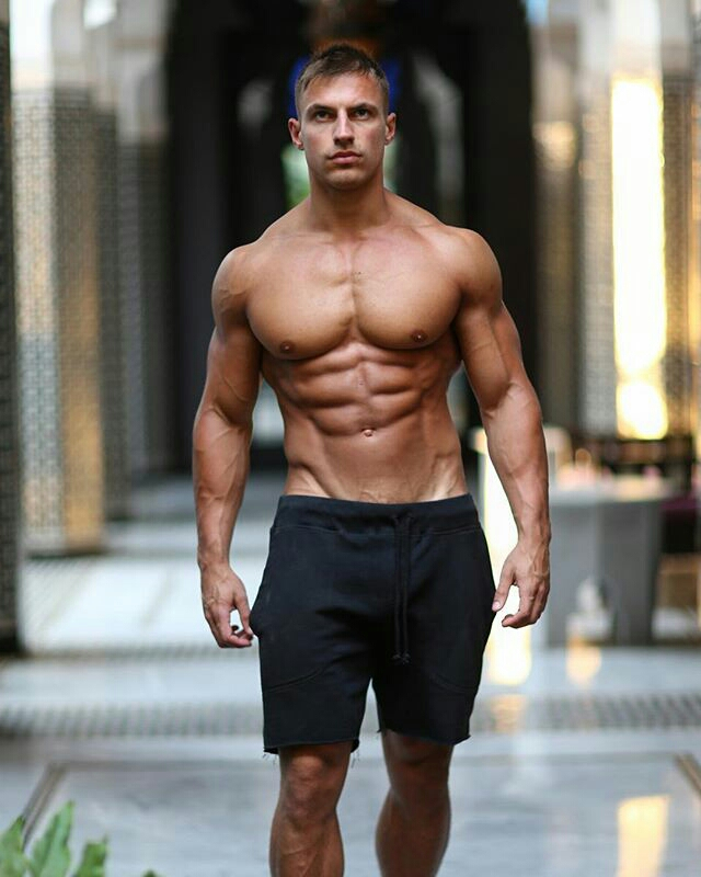 The Best Fitness Pros Accounts That Will Inspire You To ...