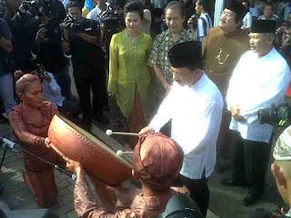 Patung MH Thamrin Aspirasi Warga Jakarta - Fauzi