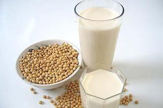 Sữa đậu nành đẹp da, giữ dáng