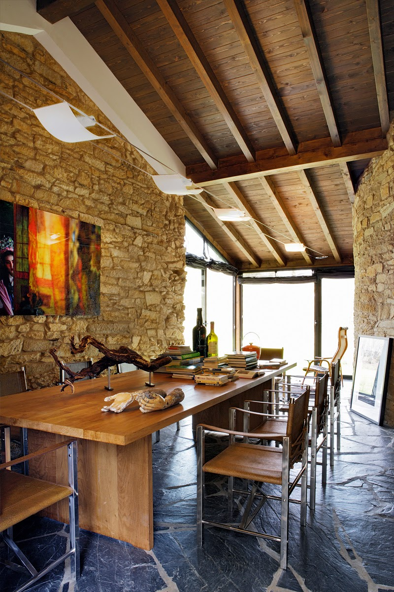 Galicia cool magazine casa rustica en galicia en medio del bosque - Rusticas de galicia ...