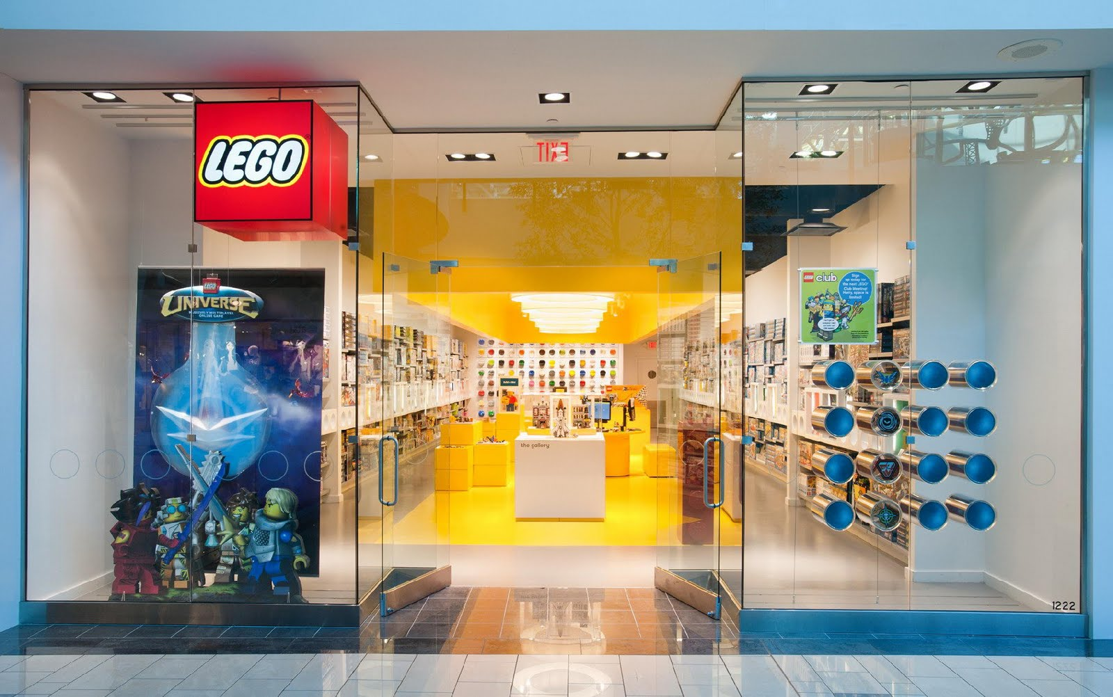 LEGO LEGO Store at Sherway Gardens, Toronto, ON, Canada