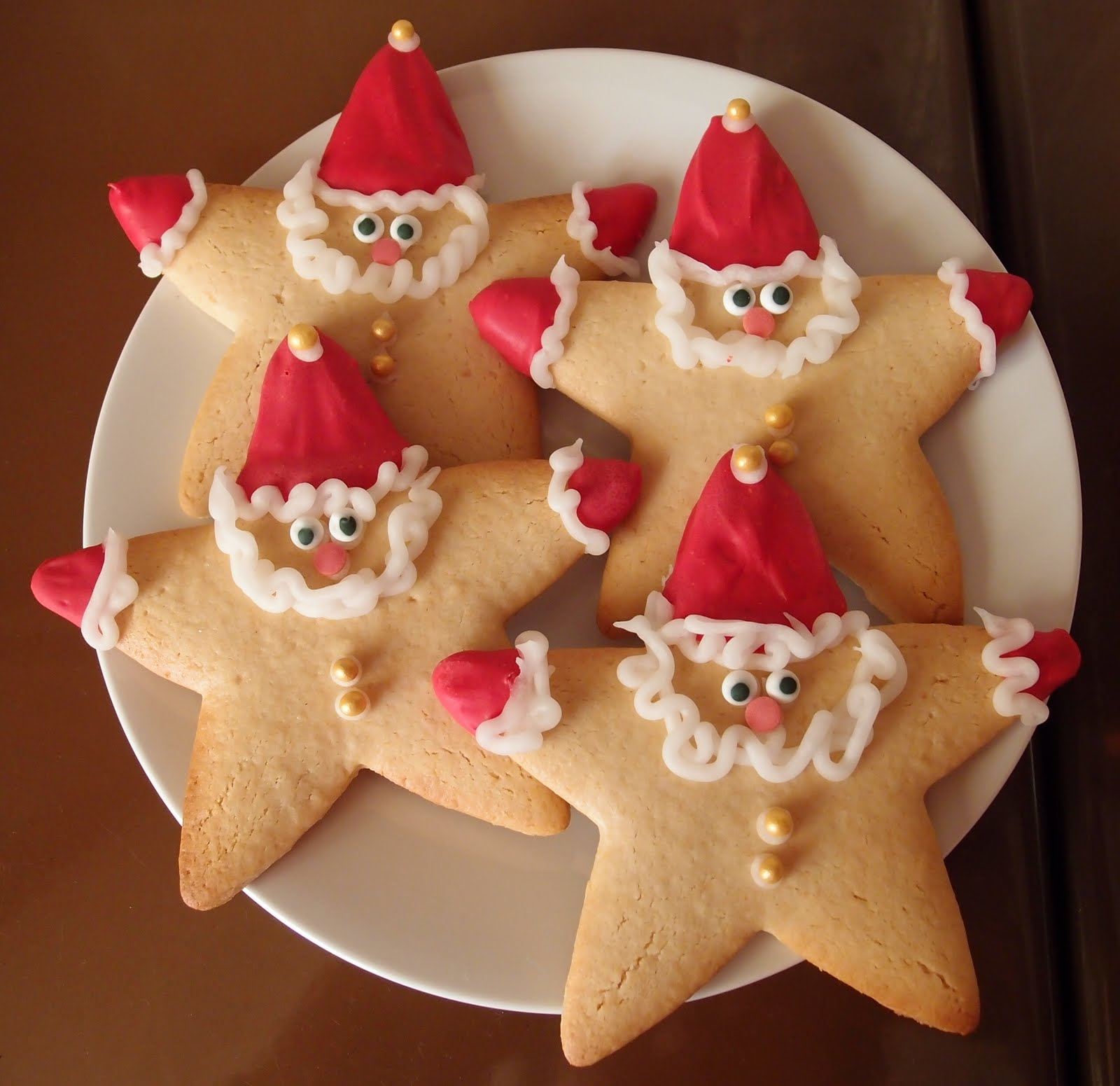 The Caked Crusader: Father Christmas honey and almond biscuits