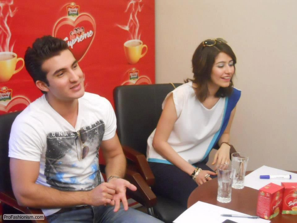 Saira and Shehroz Chat Session Pictures