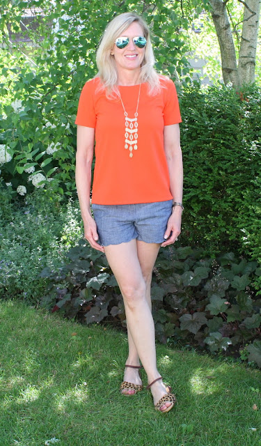 How to style scalloped shorts