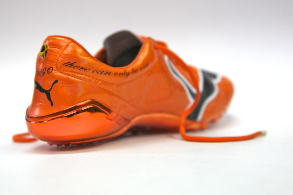 usain bolt running shoes 2012