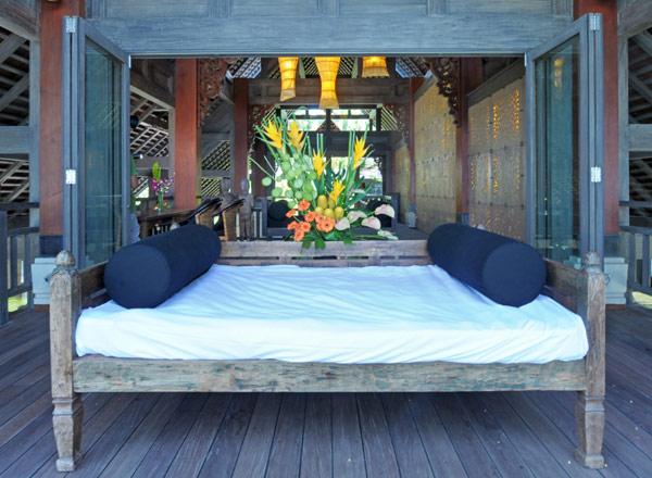Puri-Ikan-Terrace-Jasri-Beach-Villas-in-Bali