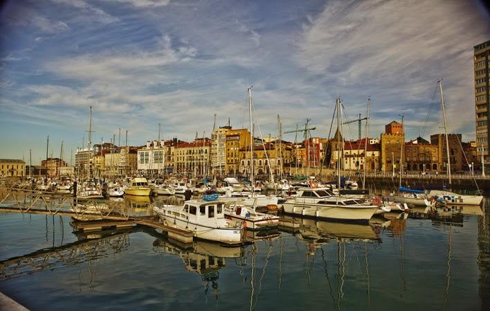 Asturias villas marineras de asturias - Puerto deportivo gijon ...