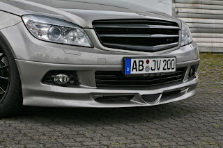 Mercedes Benz C200 Pictures
