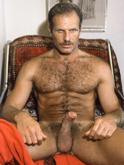 Hot Muscle Hairy Men