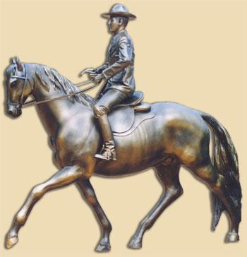 Jinete con caballo de bronce